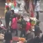 Chińscy złodzieje kradną... przy pomocy pałeczek!