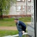 Zbyt pijany, by jechać tramwajem...