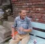 Wygłupy na ławce