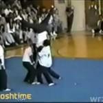 Biedny karateka!