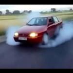 Palenie gumy STOPIŁO ten samochód!