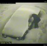 Odśnieżanie auta w Rosji