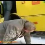 ZALANY W SZTOK kierowca szkolnego autobusu!!!