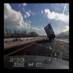 Ciężarówka przewróciła sie na prostej drodze!