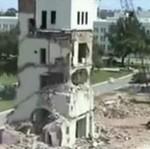 Rozwalił budynek jednym uderzeniem...