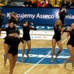 Polskie cheerleaderki - GENIALNE tyłeczki!