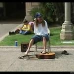 Gitarzysta bez rąk - PIĘKNE GRA!
