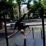 Oona Kivela ćwiczy na ulicach Nowego Jorku