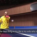 Gra w ping-ponga mimo braku rąk - i to jak!