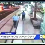 Policjanci URATOWALI pijaka!