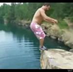 Nieudany skok z klifu - boleśnie się rozczarował!