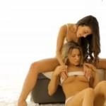 Lesbijki w delikatnej erotyce (18+)