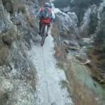 Górska wycieczka dla maniaków ekstremalnych przeżyć