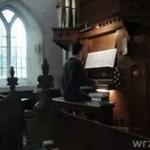 """""""Mario Bros"""" na kościelnych organach!"""