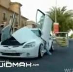 Auto z bajerami