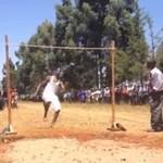 Tymczasem w gimnazjum w Kenii...