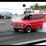 Maluch z potężnym silnikiem
