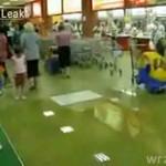 Minipowódź w ruskim supermarkecie!