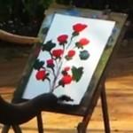 Ten słoń maluje jak prawdziwy artysta!