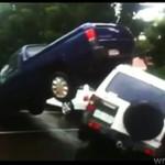 Powódź w Australii - zobacz, co zrobiła z autami!