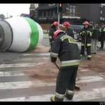 """Betoniarka zgubiła """"gruszkę"""" - wypadek w Białymstoku"""