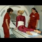 Kobieta-guma na rezonansie magnetycznym