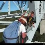 Skok z mostu - do tego trzeba mieć jaja!