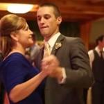 Taniec z matką - niesamowite wideo z wesela!