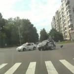 Motocyklista PRZEŻYŁ fatalny wypadek